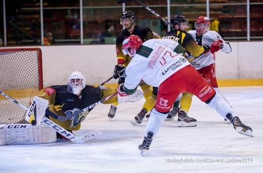 Photo hockey Division 1 - Division 1 : 12ème journée : Chambéry vs Cergy-Pontoise - Chambery stoppe Cergy