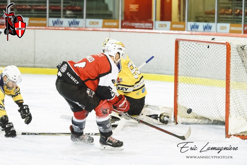 Photo hockey Division 2 - Division 2 - Play-off - 1/4 de finale - Match 1 : Annecy vs EVH 91 - Premier pas vers les demi-finales