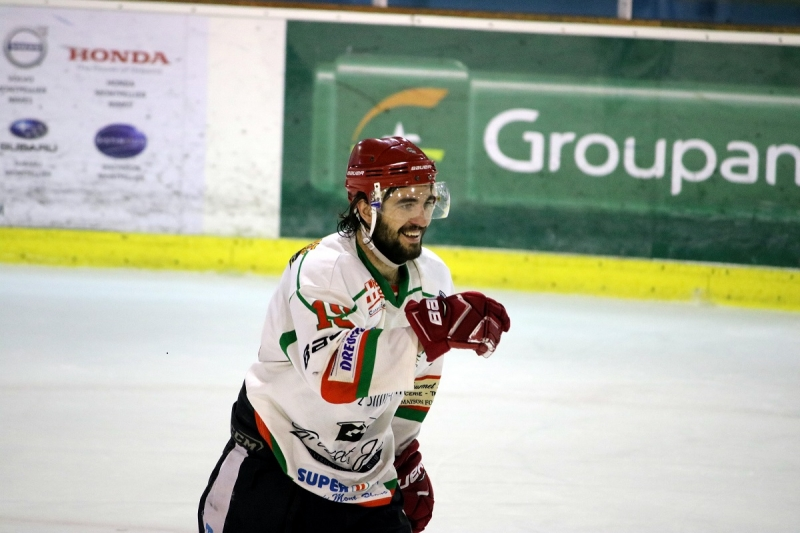 Photo hockey Division 2 - Division 2 - Play-off , quart de finale, match 1 : Marseille vs Mont-Blanc - D2 : Le Yéti puissance 8 !
