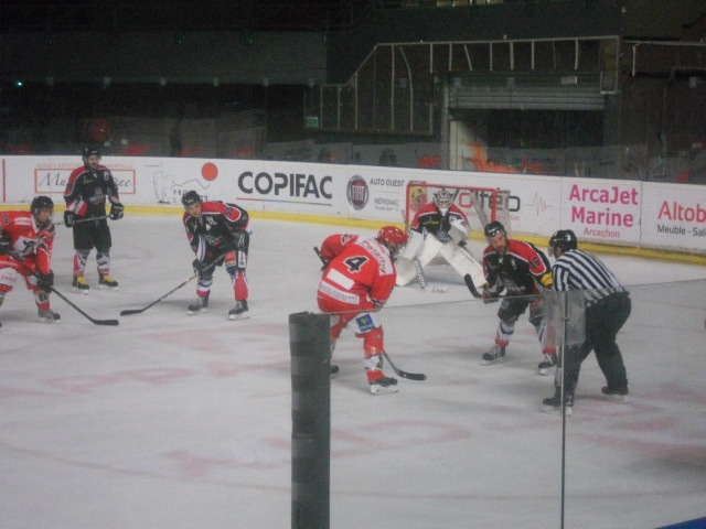 Photo hockey Division 3 -  : Bordeaux II vs Cholet II - Alexandre Le Grand !