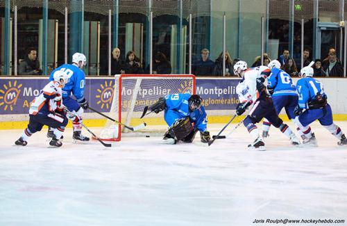 Photo hockey Division 3 - D3 : journée du 10/01/2015 : Montpellier  vs Marseille - Le feu sur la glace