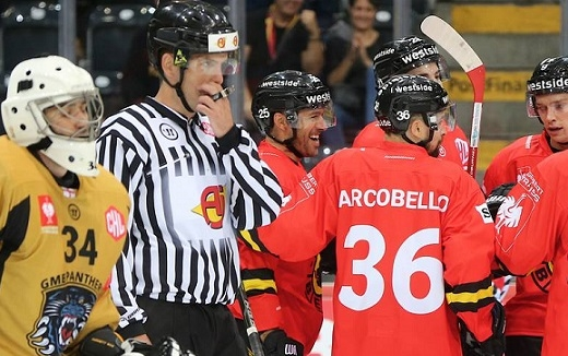 Photo hockey Europe : Continental Cup - CHL -  : Bern vs Nottingham - CHL: Robin des bois dans la fosse