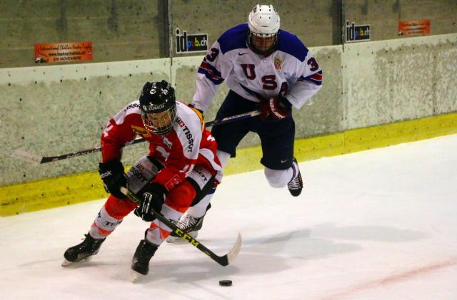 Photo hockey Hockey dans le Monde - Hockey dans le Monde - ICHT: Résumé et photos de USA U17 - Suisse U17