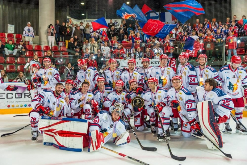Photo hockey Hockey en France -  : Gap  vs Grenoble  - Coups pour coups