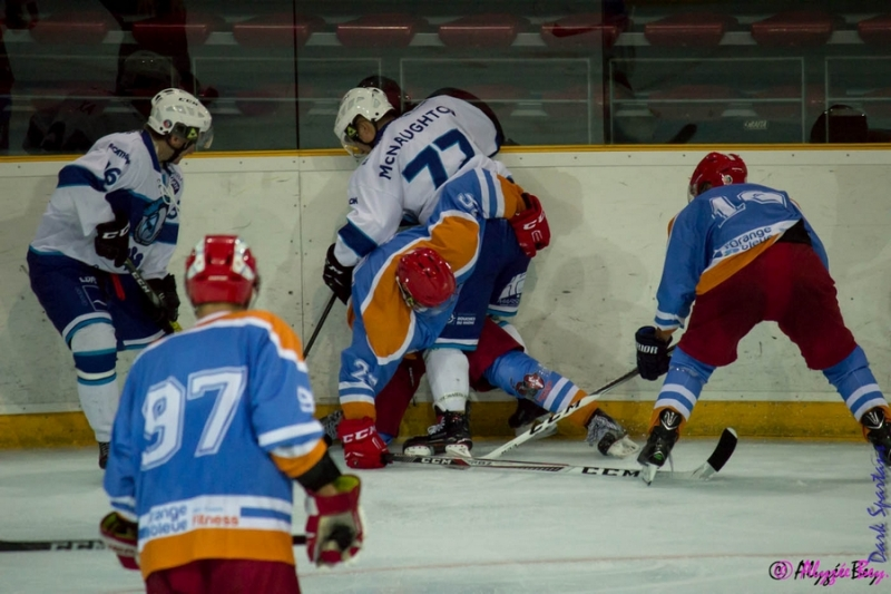 Photo hockey Hockey en France -  : Marseille vs Annecy - Les Spartiates dominent les Chevaliers