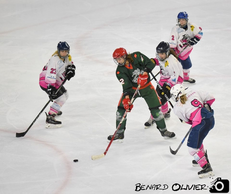 Photo hockey Hockey féminin - Hockey féminin - Féminines : Les Jokers font tomber le leader!