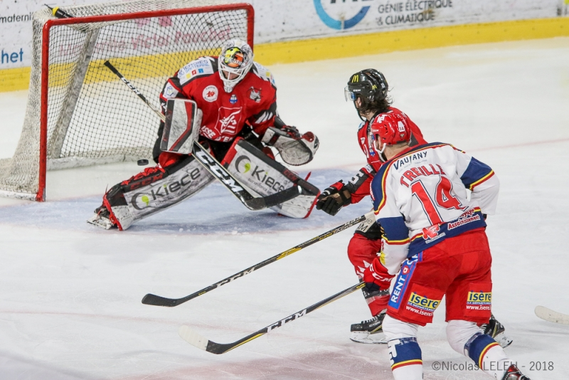 Photo hockey Ligue Magnus - Ligue Magnus - 1/2 finale match 4 : Amiens  vs Grenoble  - Les Brûleurs de loups en finale