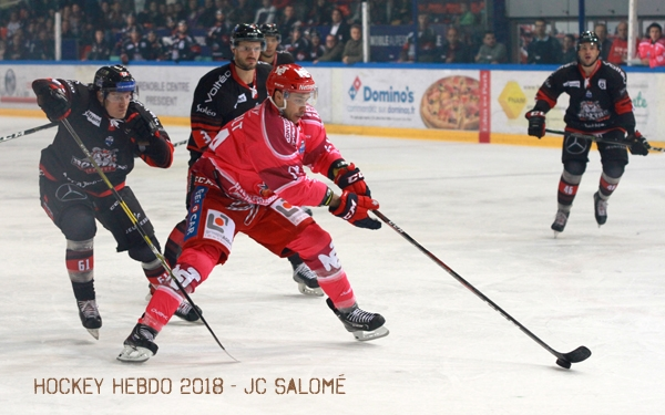 Photo hockey Ligue Magnus - Ligue Magnus : 9ème journée : Grenoble  vs Bordeaux - Grenoble tombe sur un os