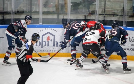 Photo hockey Ligue Magnus - Ligue Magnus - Quart de finale match 2 : Angers  vs Bordeaux - P off 1/4 - Angers remporte de match 2
