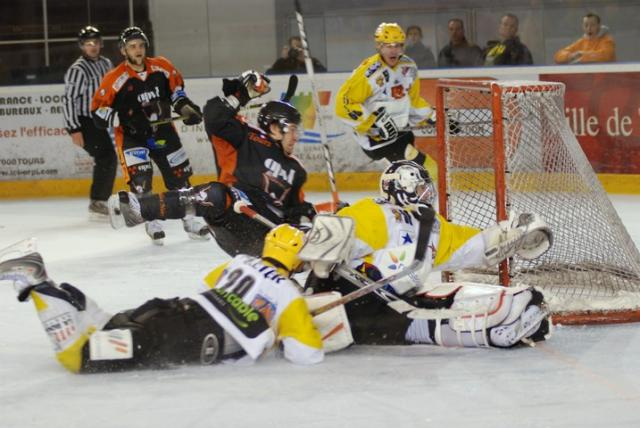 Photo hockey Ligue Magnus - Play-off : 1er tour, match 1 : Tours  vs Strasbourg  - Logique respectée