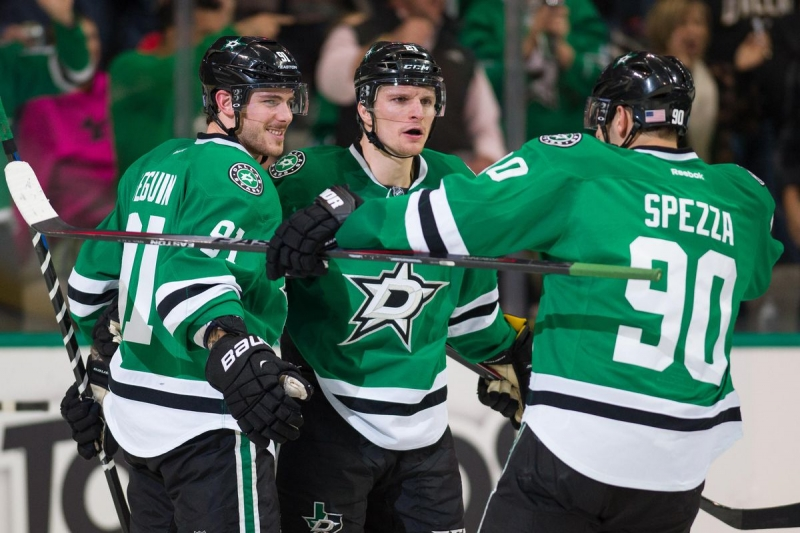Photo hockey NHL - National Hockey League  - NHL - National Hockey League  - NHL : Entretien avec Antoine Roussel