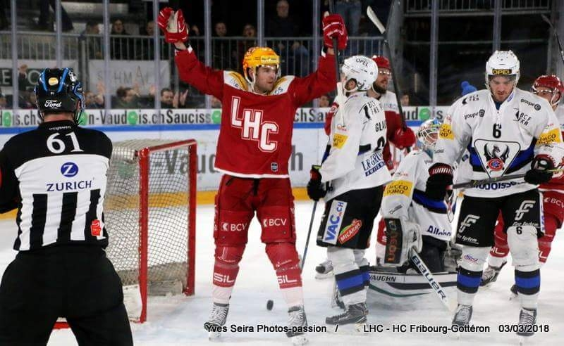Photo hockey Suisse - National League -  : Lausanne vs Fribourg - Lausanne prend une petite longueur