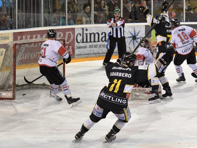 Photo hockey Suisse - Swiss League - Suisse - Swiss League : Ajoie (HC Ajoie) - NLB: Ajoie fait le break et mène 2-0
