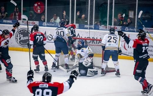 Hockey sur glace : Division 2 - Division 2 : 4ème journée : Morzine-Avoriaz vs Villard-de-Lans - Les Pingouins toujours invaincus | Hockey Hebdo - hockeyhebdo Toute l'actualité du hockey sur glace