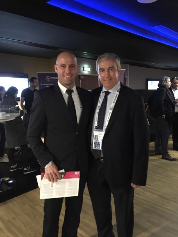 Photo hockey Toulon un club qui veut vivre - Entretien avec son Président - Division 3 : Toulon (Les Boucaniers)