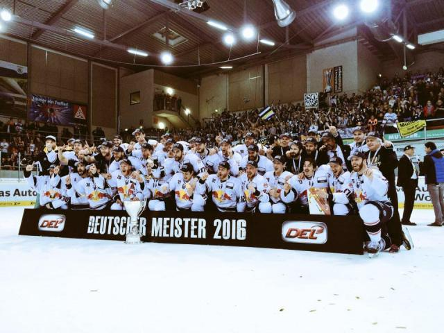 Photo hockey DEL: München Deutscher Meister - Hockey en Europe