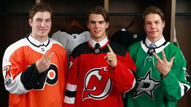 Photo hockey Draft NHL : Les New Jersey Devils ont sélectionné, Nico Hischier. - NHL - National Hockey League