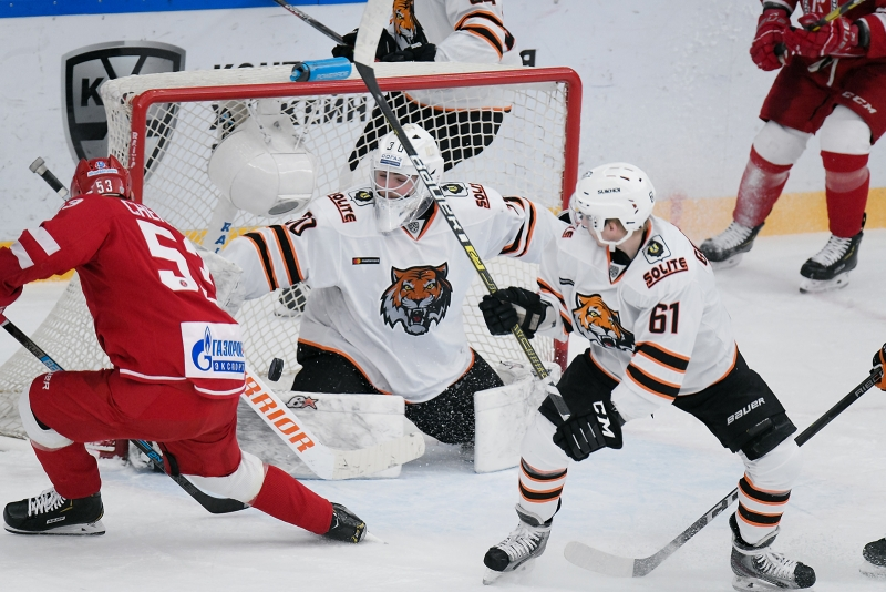 Photo hockey KHL : Féroce compétition - KHL - Kontinental Hockey League