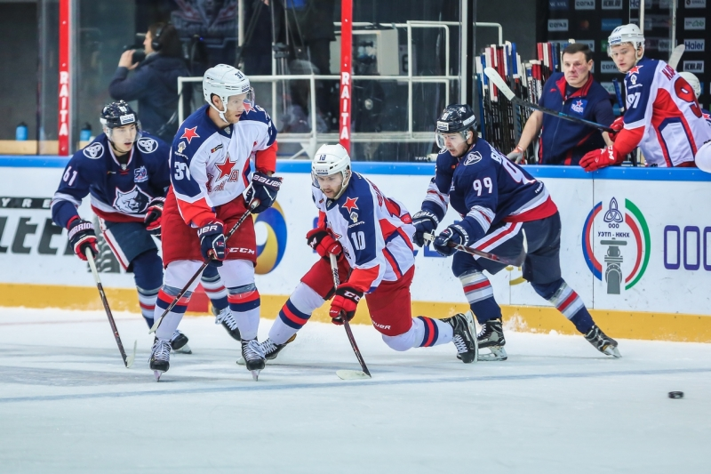 Photo hockey KHL : Qui arrêtera le CSKA ? - KHL - Kontinental Hockey League