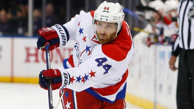 Photo hockey NHL : Orpik suspendu 3 matchs - NHL - National Hockey League