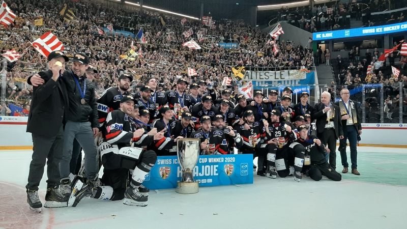 Photo hockey SIHC: AJOIE RENTRE AVEC LA COUPE - Suisse - Swiss Ice Hockey Cup