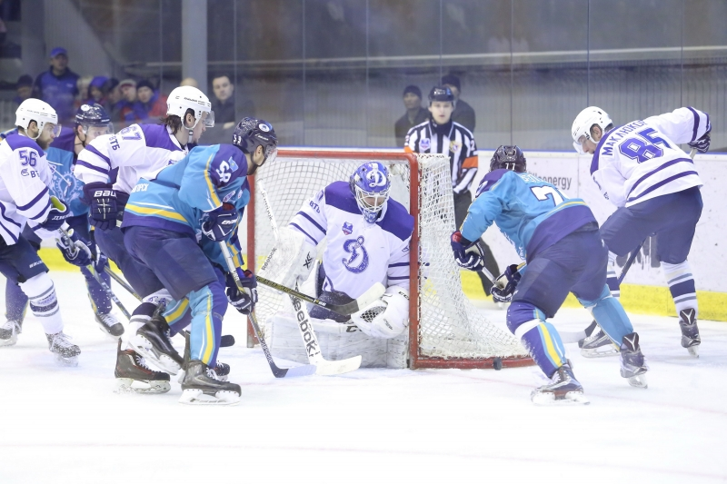 Photo hockey VHL : Dynamisme ! - Hockey en Europe