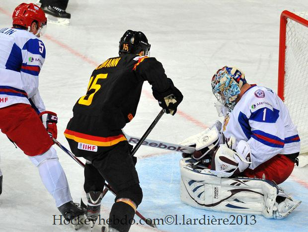 Photo hockey match Germany - Russia