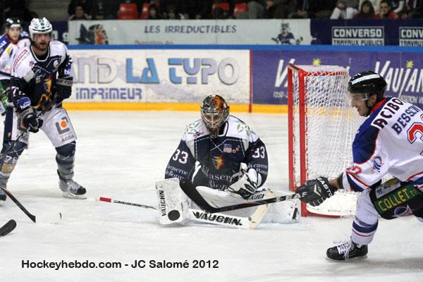 Photo hockey match Grenoble  - Caen