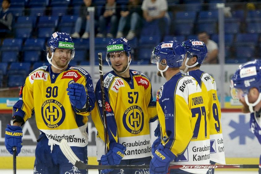 Photo hockey match Kloten - Davos