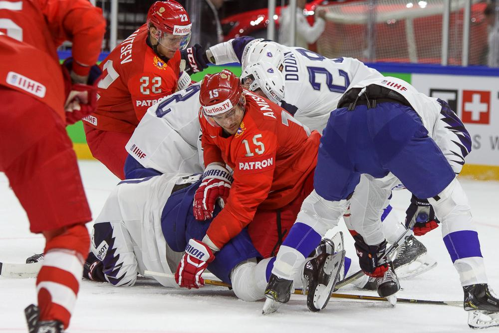 Photo hockey match Russia - France