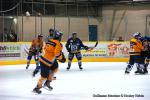 Photo hockey reportage The show goes on